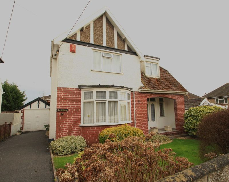 3 Bedrooms Detached House for sale in Highfield Avenue Hanham Bristol